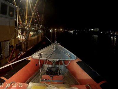 Oostende 2 met net in de schroef