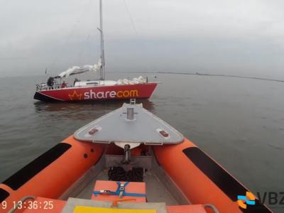 Zeilboot Oxido met motor problemen