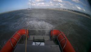 Zeer ervaren zeezeilers in de problemen