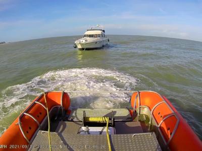 Motorboot (16m) met motor problemen