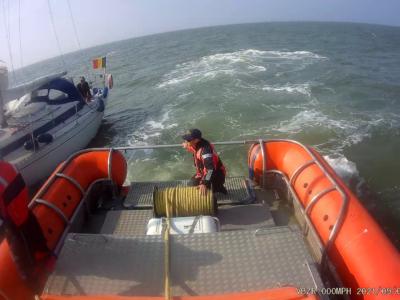 Zeilboot Zorba met motorproblemen